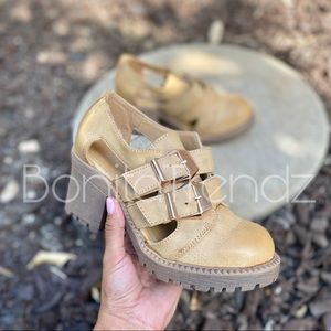 Beige Vegan Leather Grunge 90s Vibe Ankle Booties